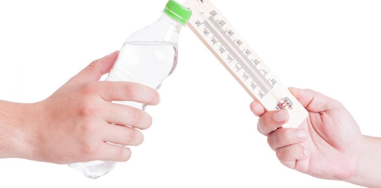 combien faut il boire d 39 eau par jour canicule sportifs. Black Bedroom Furniture Sets. Home Design Ideas