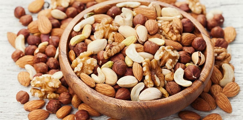 """Résultat de recherche d'images pour """"amandes pistaches noisettes"""""""